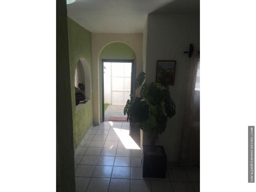 venta de casa sola con jardin en emiliano zapata