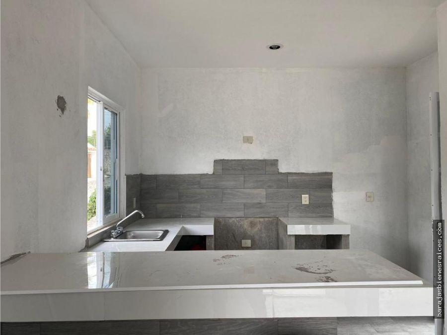 casa nueva con rood graden y alberca en lomas de trujillo