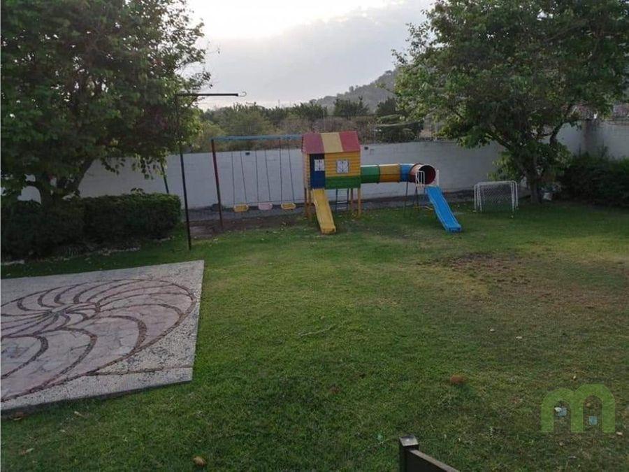venta de casa con alberca y juegos infantiles en jiutepec