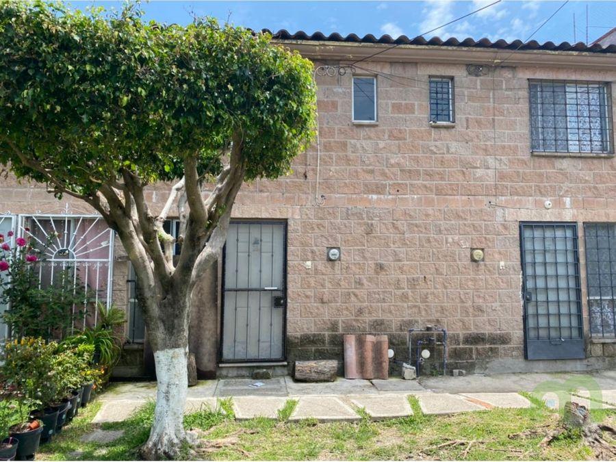 casa en venta con amplias areas verdes y buena ubicacion en jiutepec
