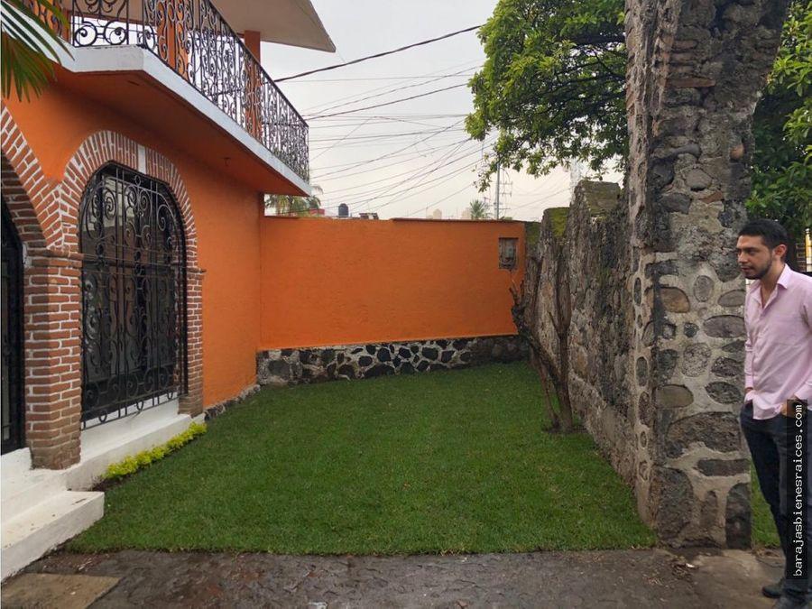 venta de casa con jardin en cuernavaca