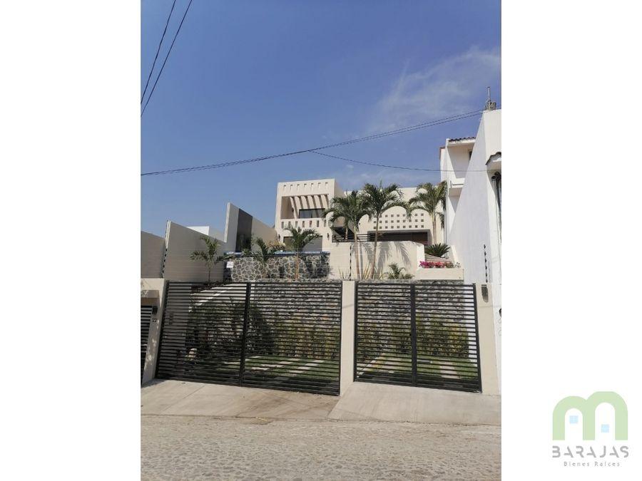 venta de casa nueva con alberca jardin y acabados de lujo en burgos