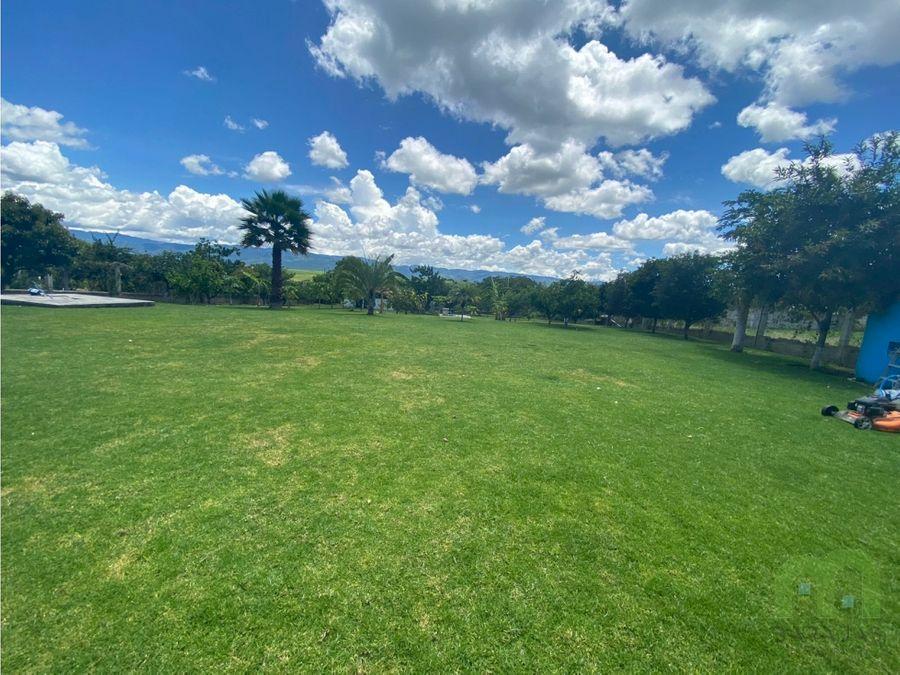 venta de finca con alberca jacuzzi y areas verdes en estado de mexico