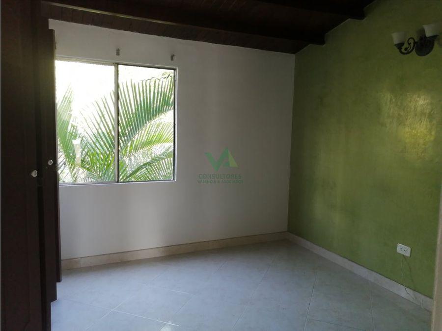 casa en venta en unidad cerrada en calasanz