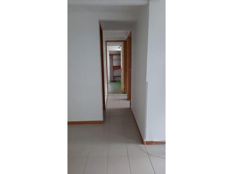 apartamento en arriendo en bello sector madera