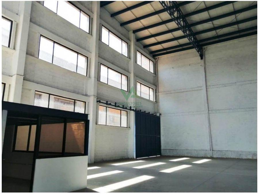 bodega industrial en arriendo en unidad cerrada