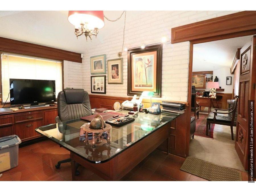 oficinas y residencia sobre av camelinas morelia