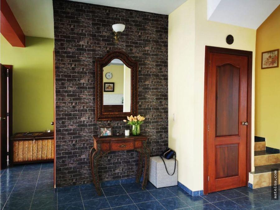 bellisima casa tradicional bavaro residencial cerrado