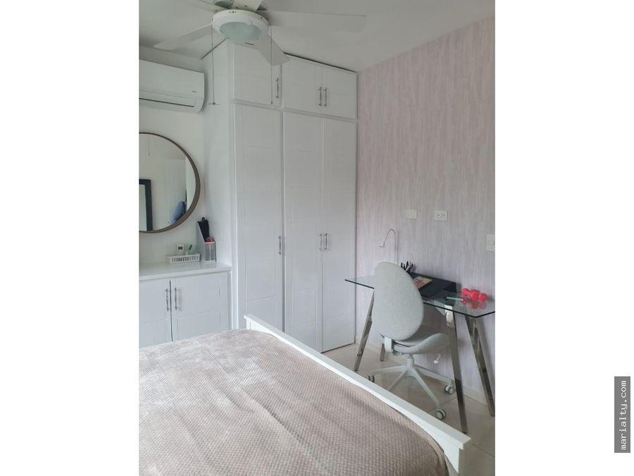 apartamento modernamente amueblado en el vergel