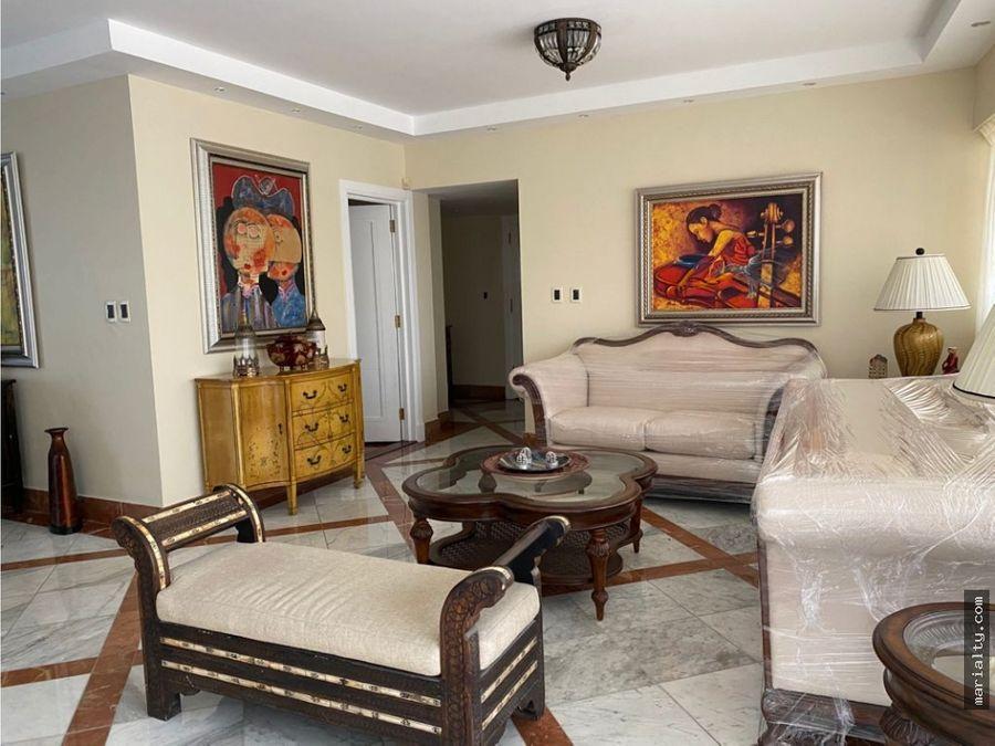 se alquila apartamento amueblado de 3 habitaciones en piantini