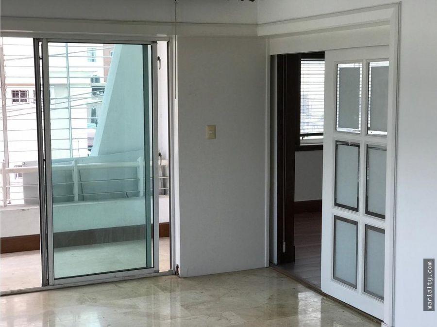 se vende apartamento de 3 habitaciones en ensanche paraiso