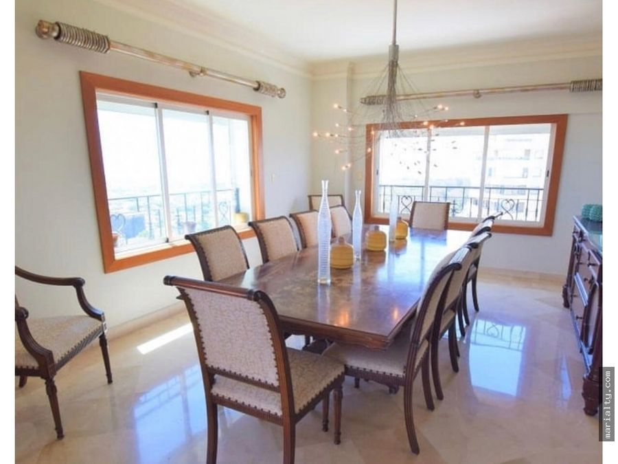 se vende apartamento piso alto de 3 habitaciones en bella vista