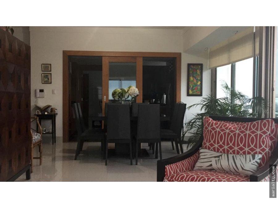 se vende apartamento de 3 habitaciones en los cacicazgos