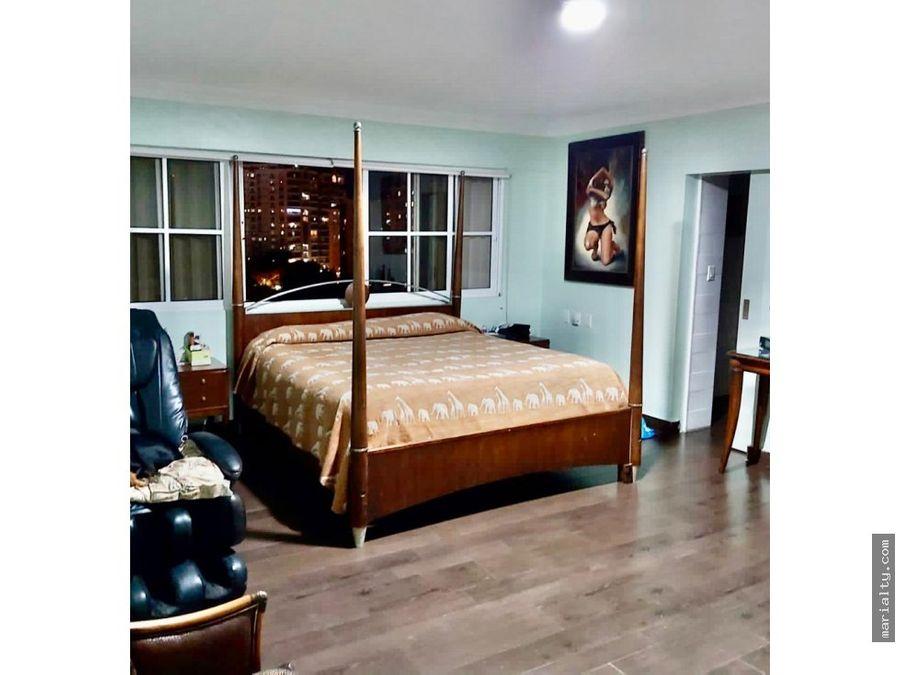 se vende apartamento de 3 habitaciones y balcon en la esperilla