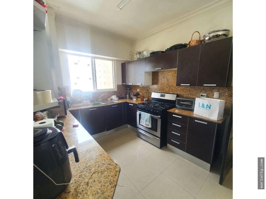 se vende apartamento piso 8 de 3 habitaciones en ensanche paraiso