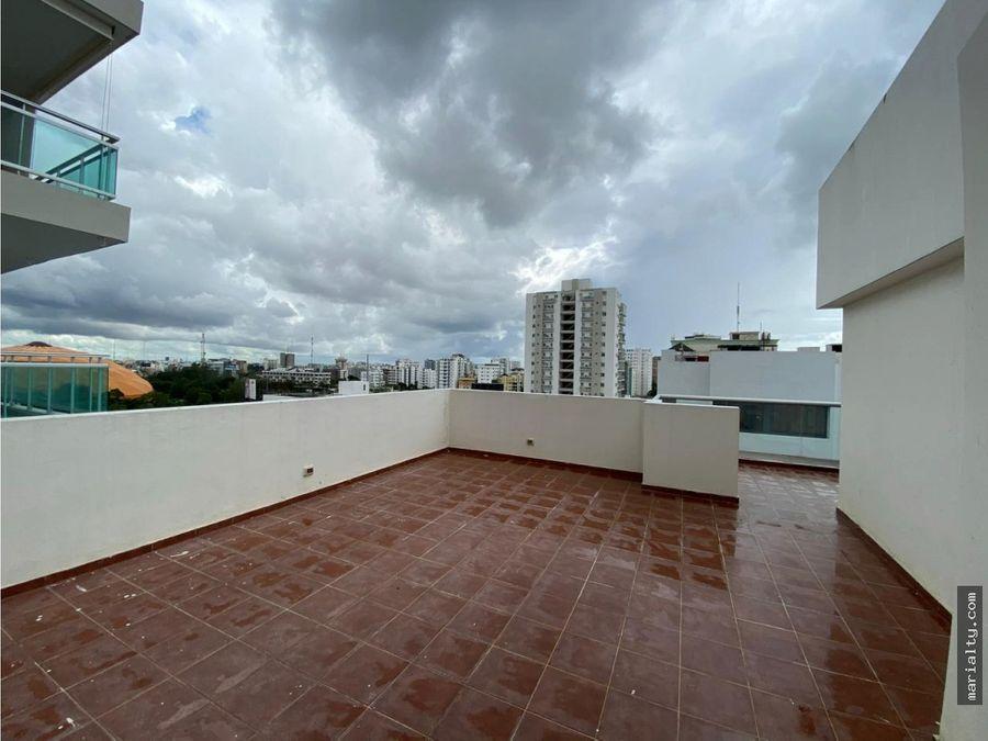 se vende amplio penthouse de 4 habitaciones en naco