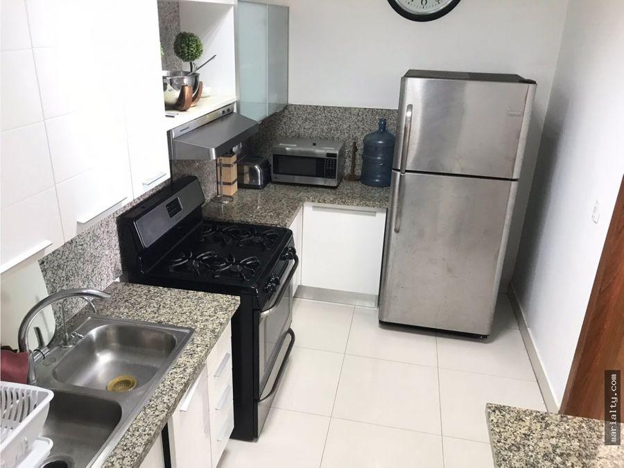 se vende apartamento de 2 niveles en la julia