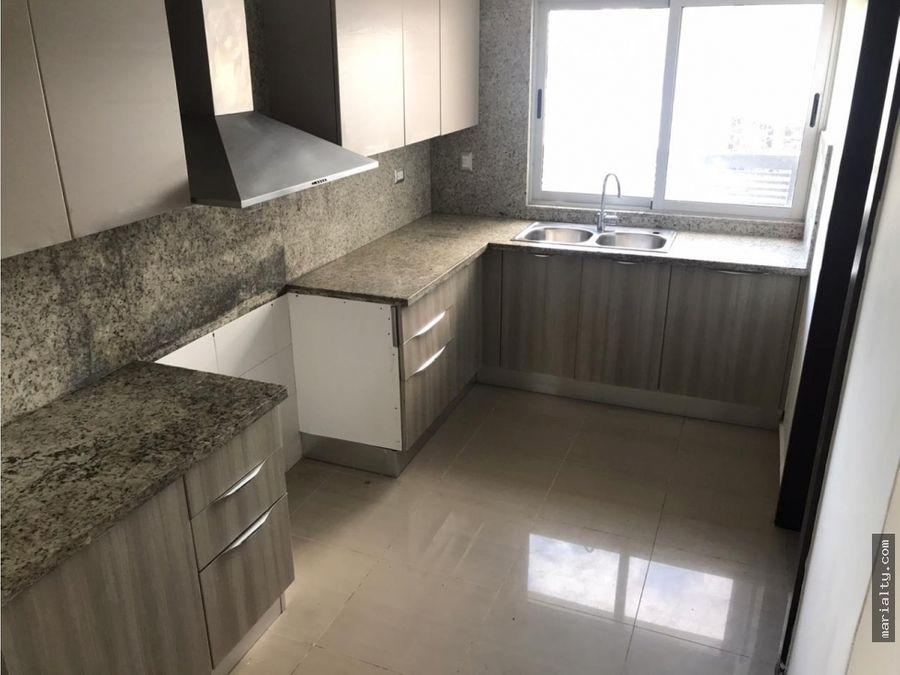 se vende apartamento en el 7mo piso de 3 habitaciones en serralles