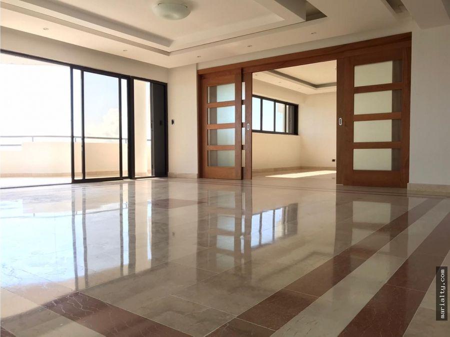 se alquila hermoso apartamento de 4 habitaciones en la anacaona