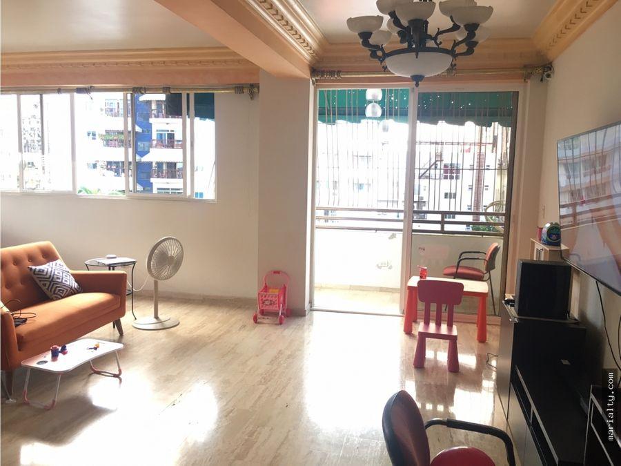 se vende apartamento clasico de 3 habitaciones en bellavista