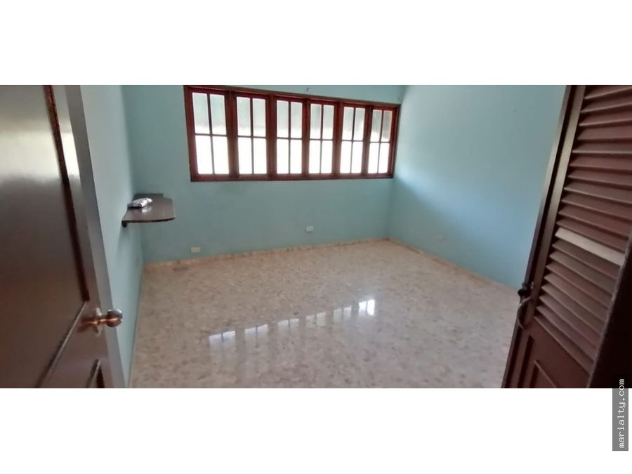 amplio apartamento de 3 habitaciones en piantini