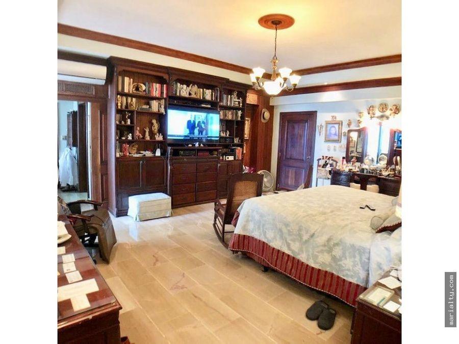 se vende amplio apartamento con vista al mar la esperilla