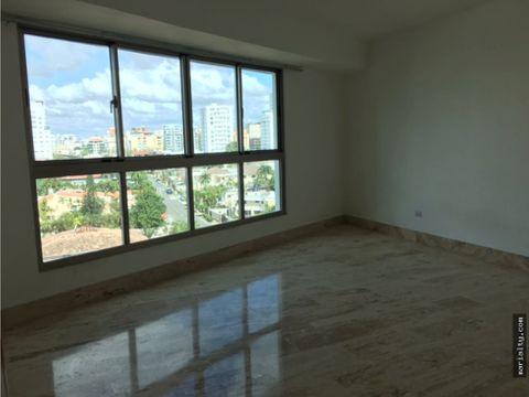 se alquila apartamento de 3 habitaciones en bellavista