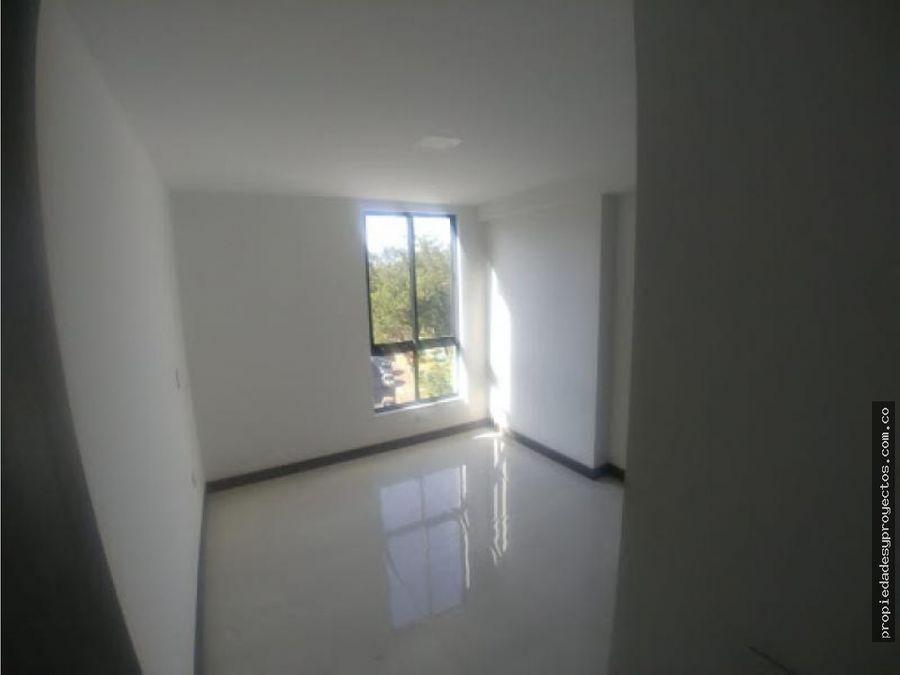 arriendo apartamento en la castellana
