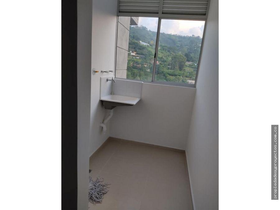 se vende apartamento en sabaneta sector asdesillas