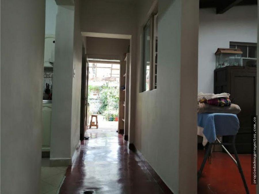 vendo casa en manrique central 1