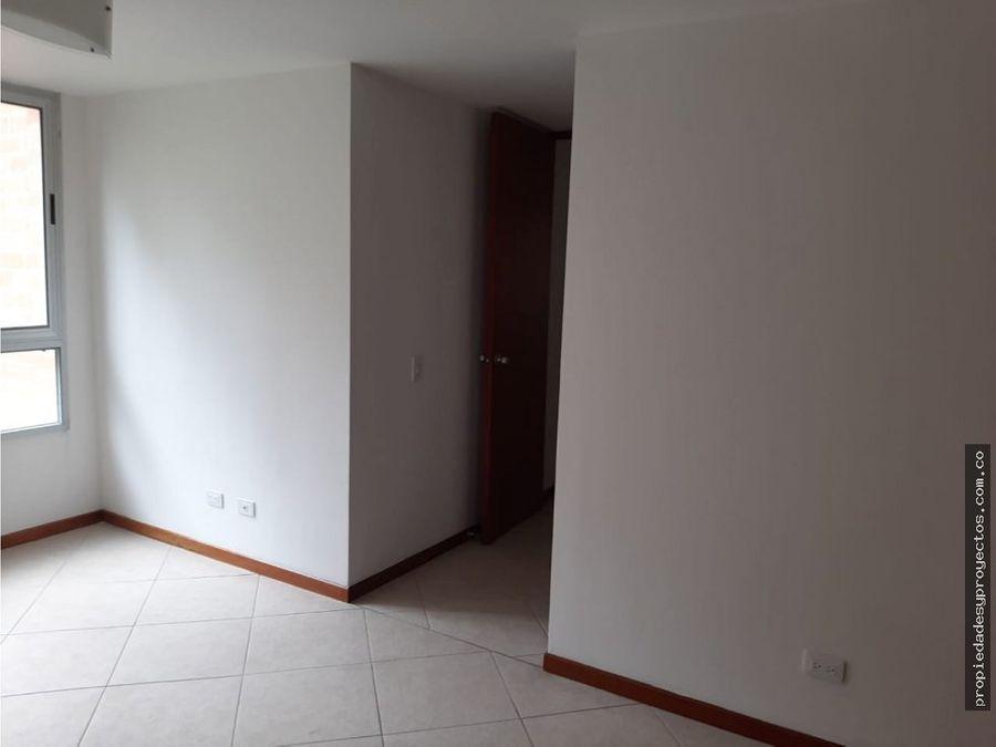 arriendo apartamento en castropol