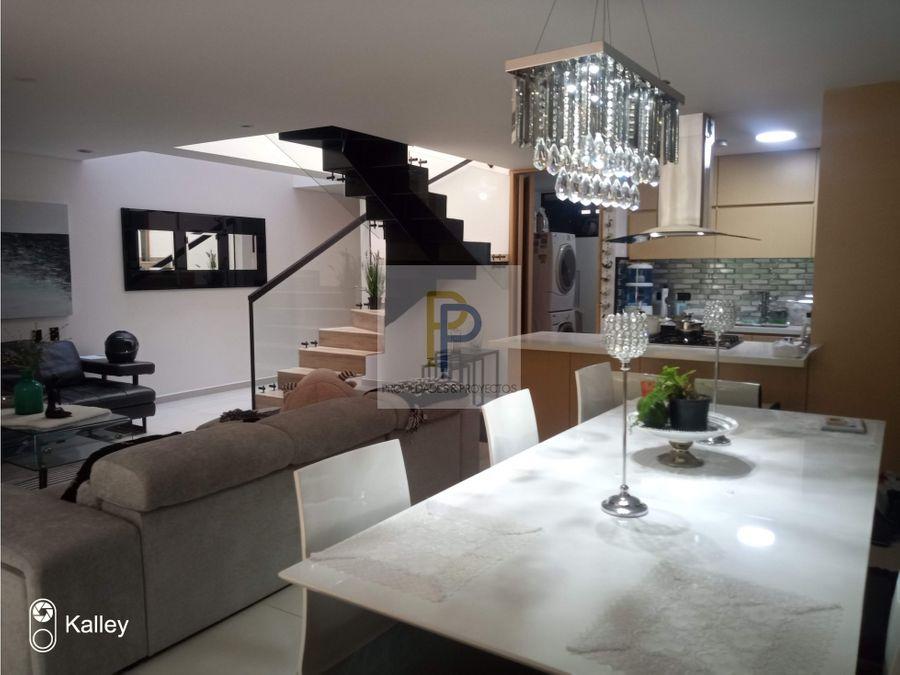 casa en venta en envigado sector loma de atravezado