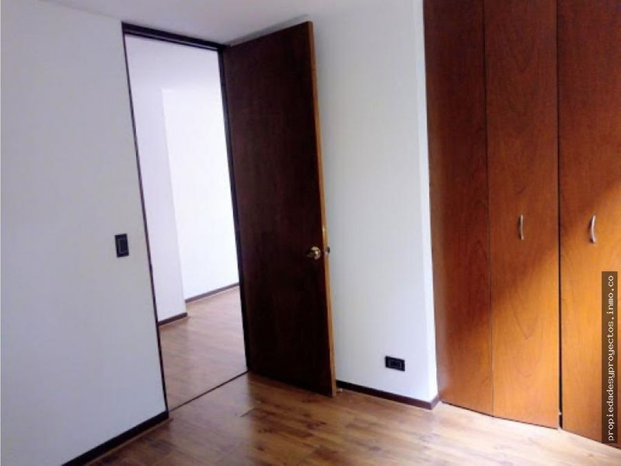 vendo apartamento en conquistadores