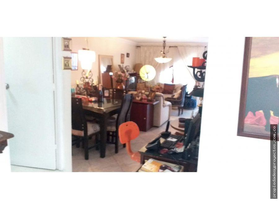 vendo apartamento en la 70