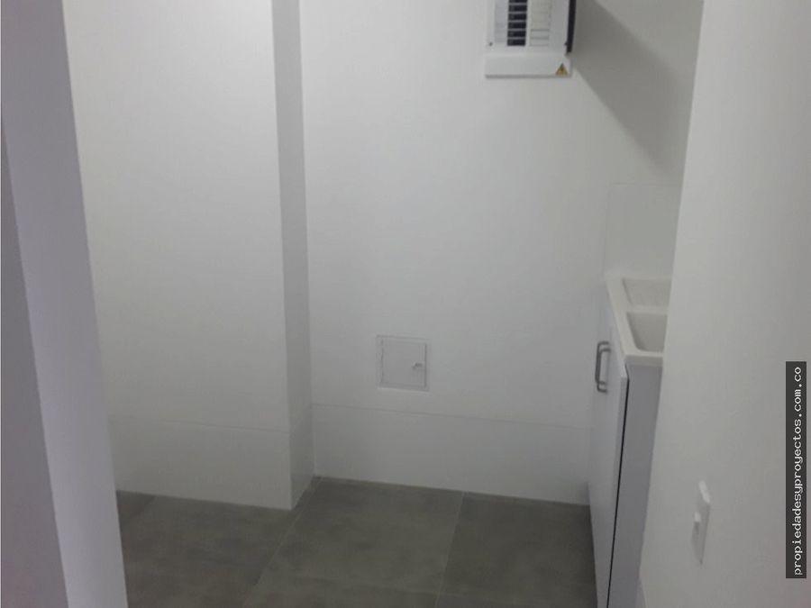 apartamento en arriendo en el poblado sector linares