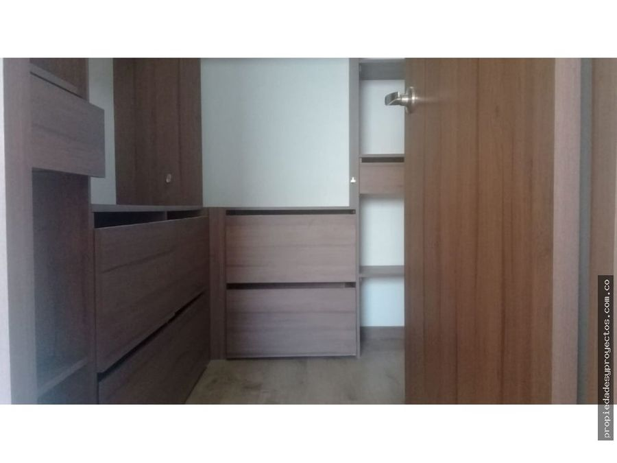 vendo apartamento en loma del escobero