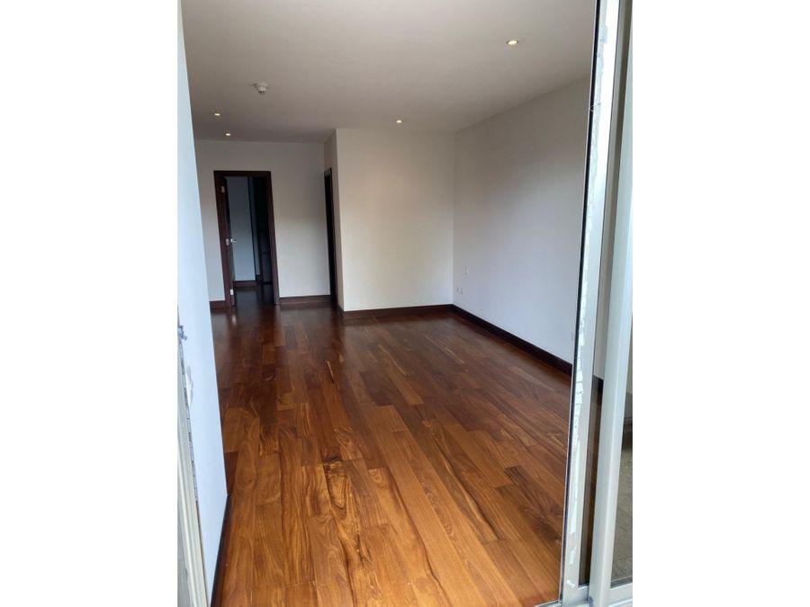 apartamento en renta en zona 14 tiffany canada