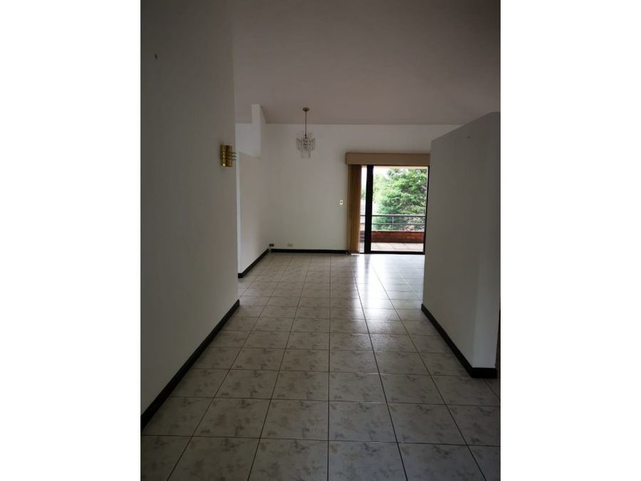 casa en alquiler las luces guatemala