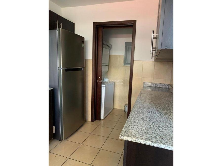 apartamento en alquiler en zona 14 torre quattro