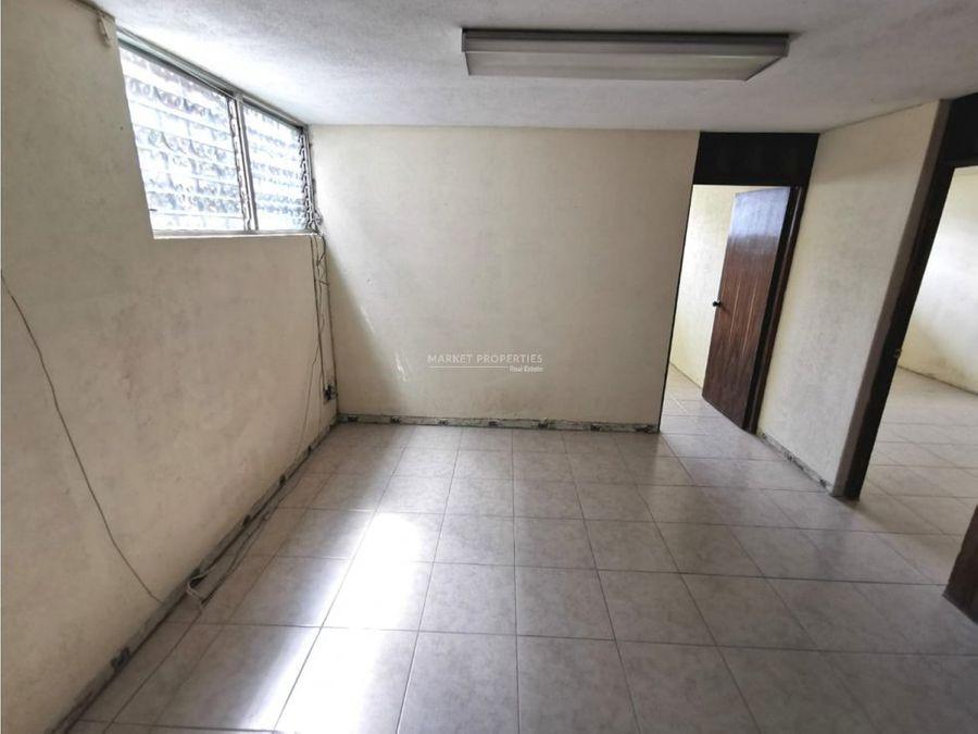 casa en renta en zona 15 vista hermosa 2