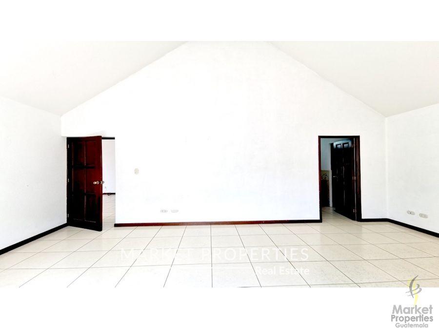 casa en alquiler zona 10 reina sofia