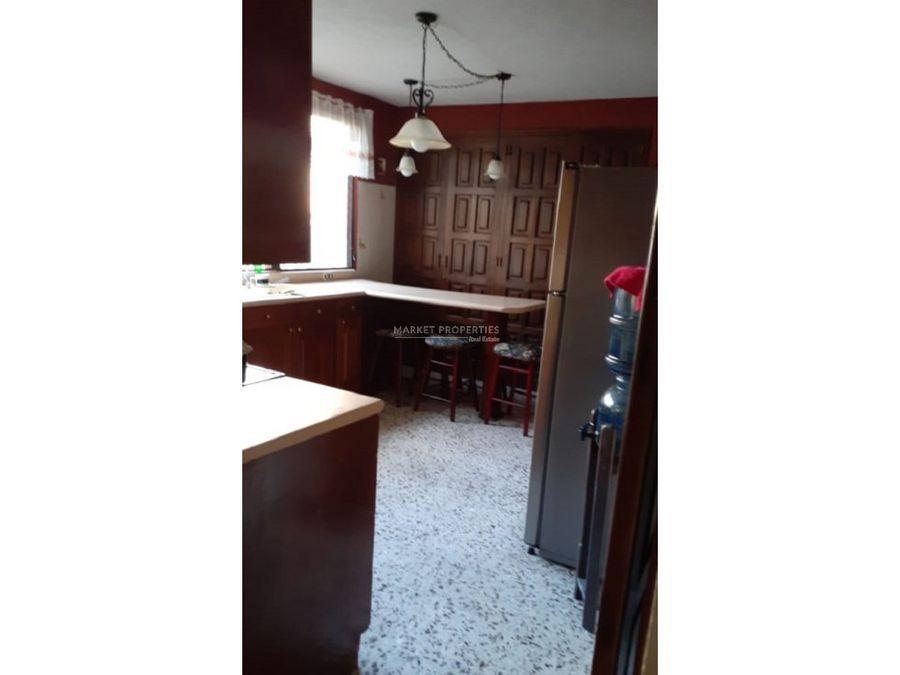 casa en venta en zona 16 la montana