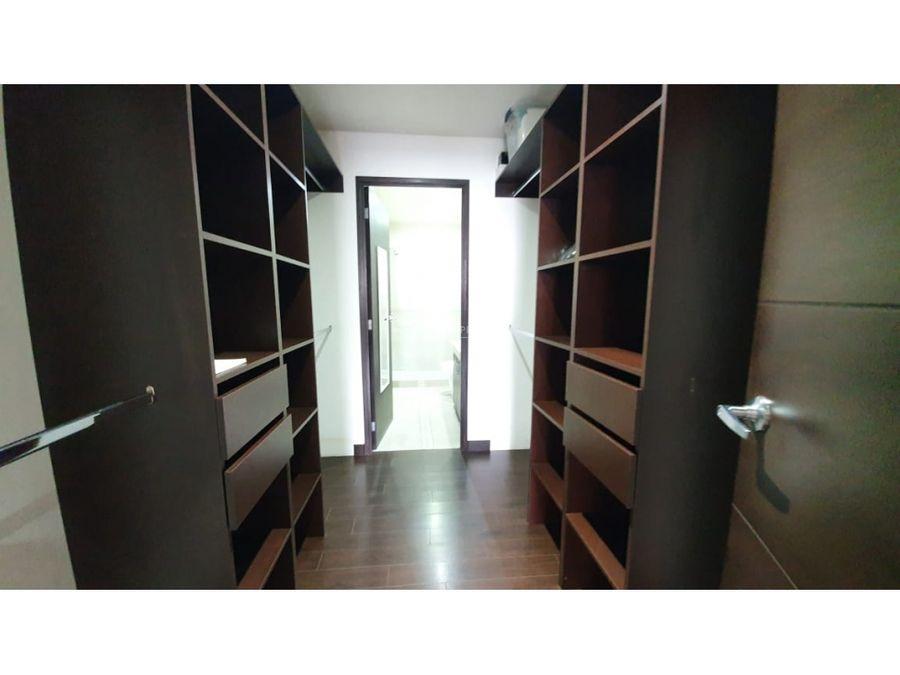 apartamento en renta zona 14 attica 2