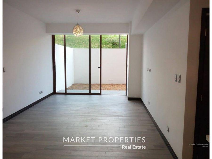 apartamento en venta zona 16 con jardin 2021