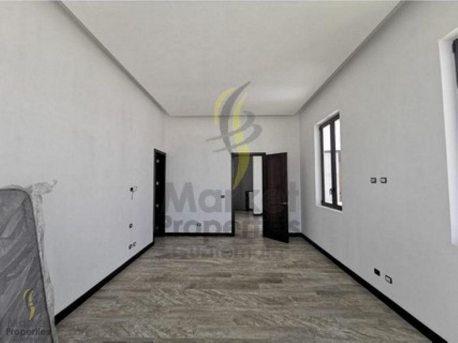 casa en venta en zona 16 ramblas de cayala