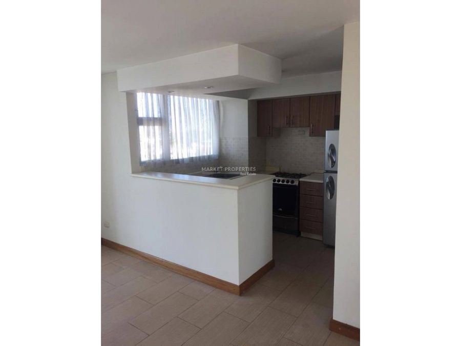 apartamento en renta en zona 14 condado la villa