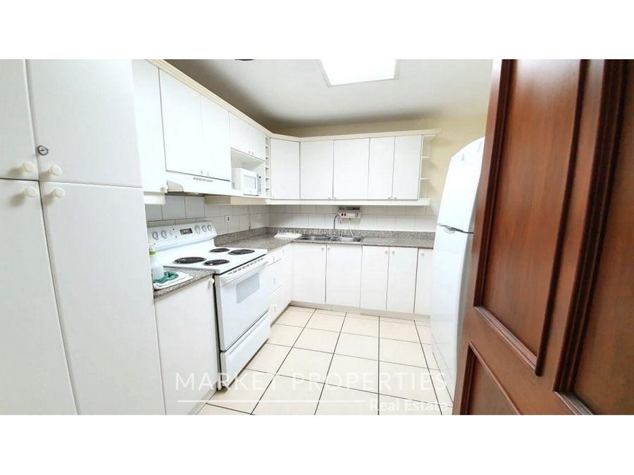 apartamento en alquiler en zona 10 real de la villa