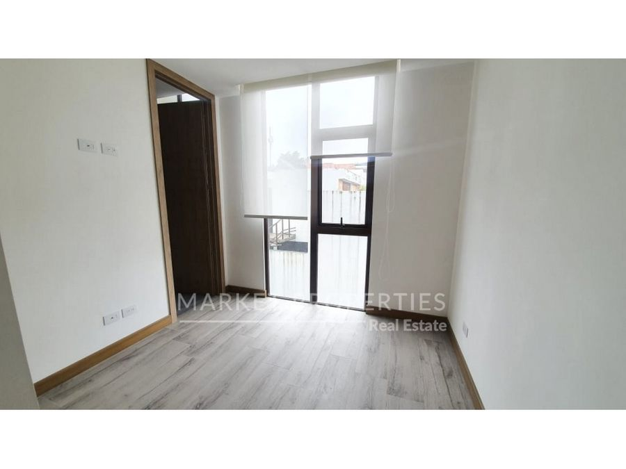 apartamento en renta en zona 16 edificio nordic frente a cayala