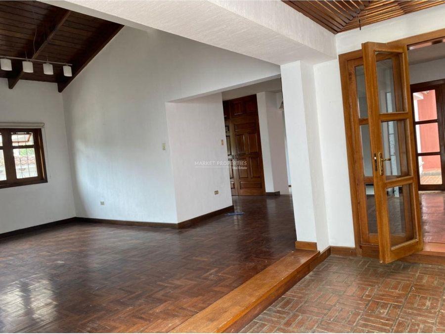 casa en alquiler en zona 15 san lazaro