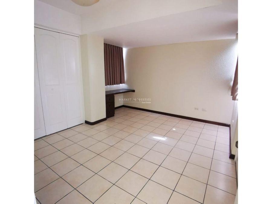 apartamento en alquiler en zona 16 villas de san isidro